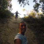 Rainbow beach : bushwalk to Carlos Sandblow 02
